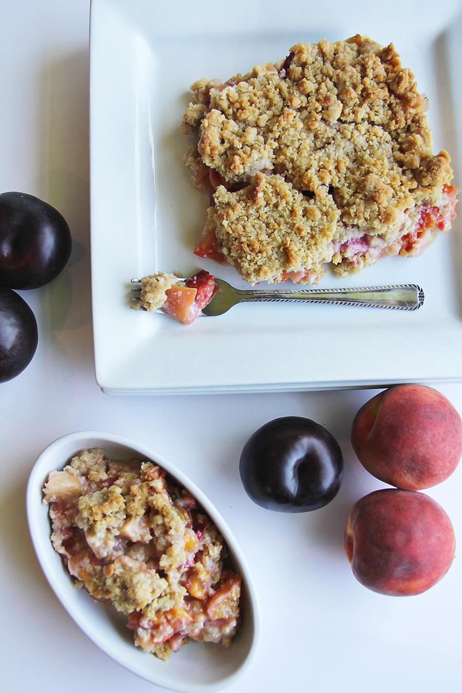 peach plum crisp