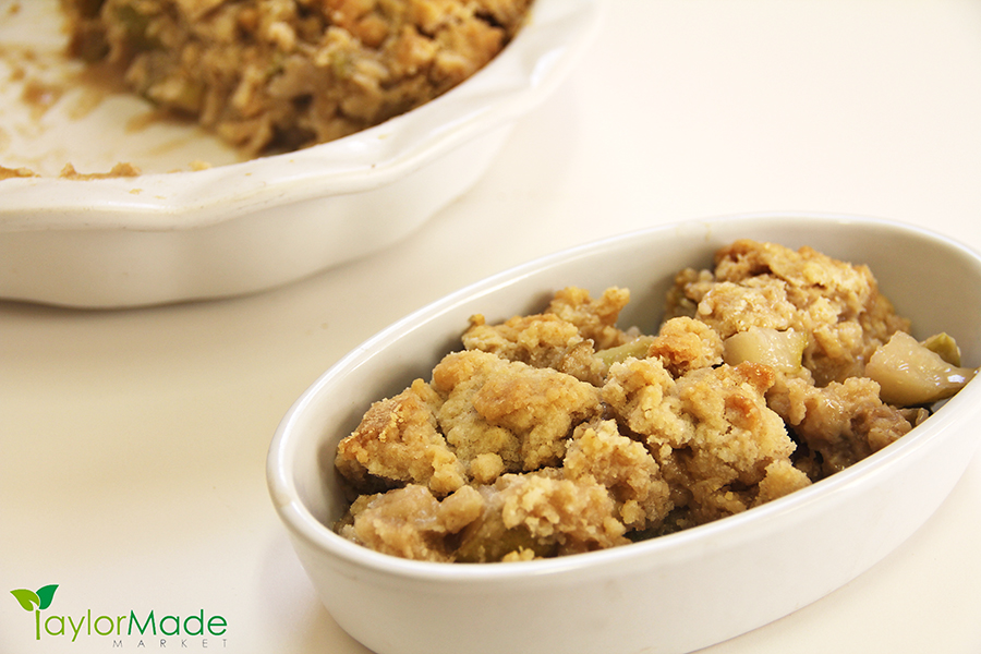 Apple Cobbler Crisp Dish
