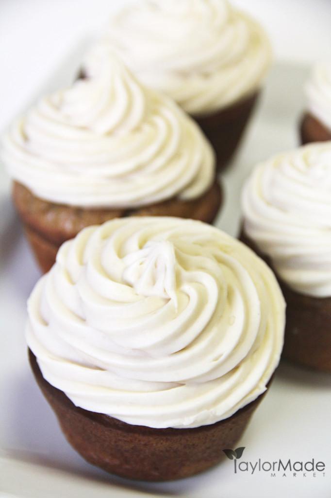 cupcakes upclose vertical
